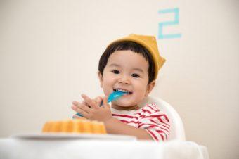Jedzenie dla niemowląt – gotować, czykupować?